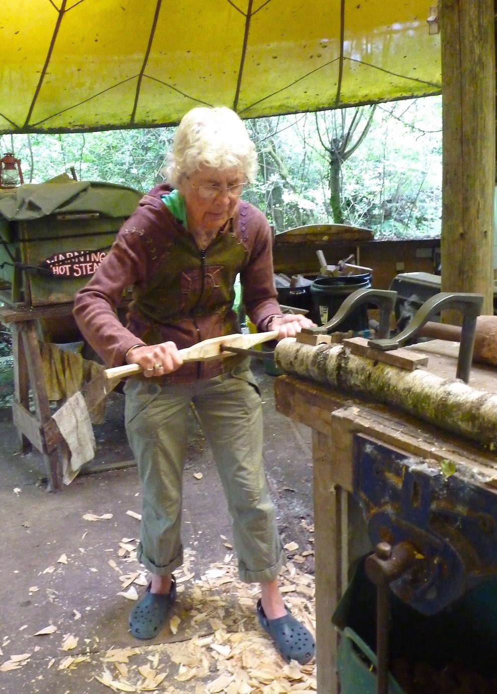 Jane always up for having a go! - turning her skills to making a green wood shrink-pot