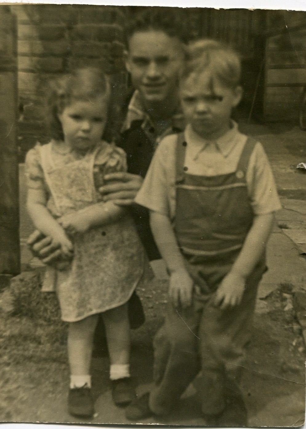 Stanley Wells with Tony and Ann