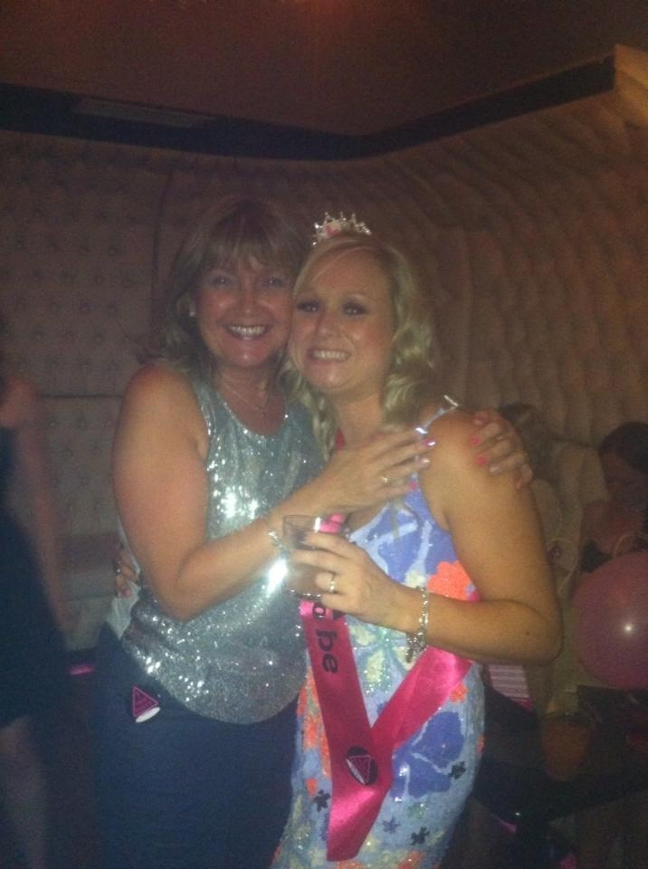 Sparkly for your Hen do beautiful Kate ??
