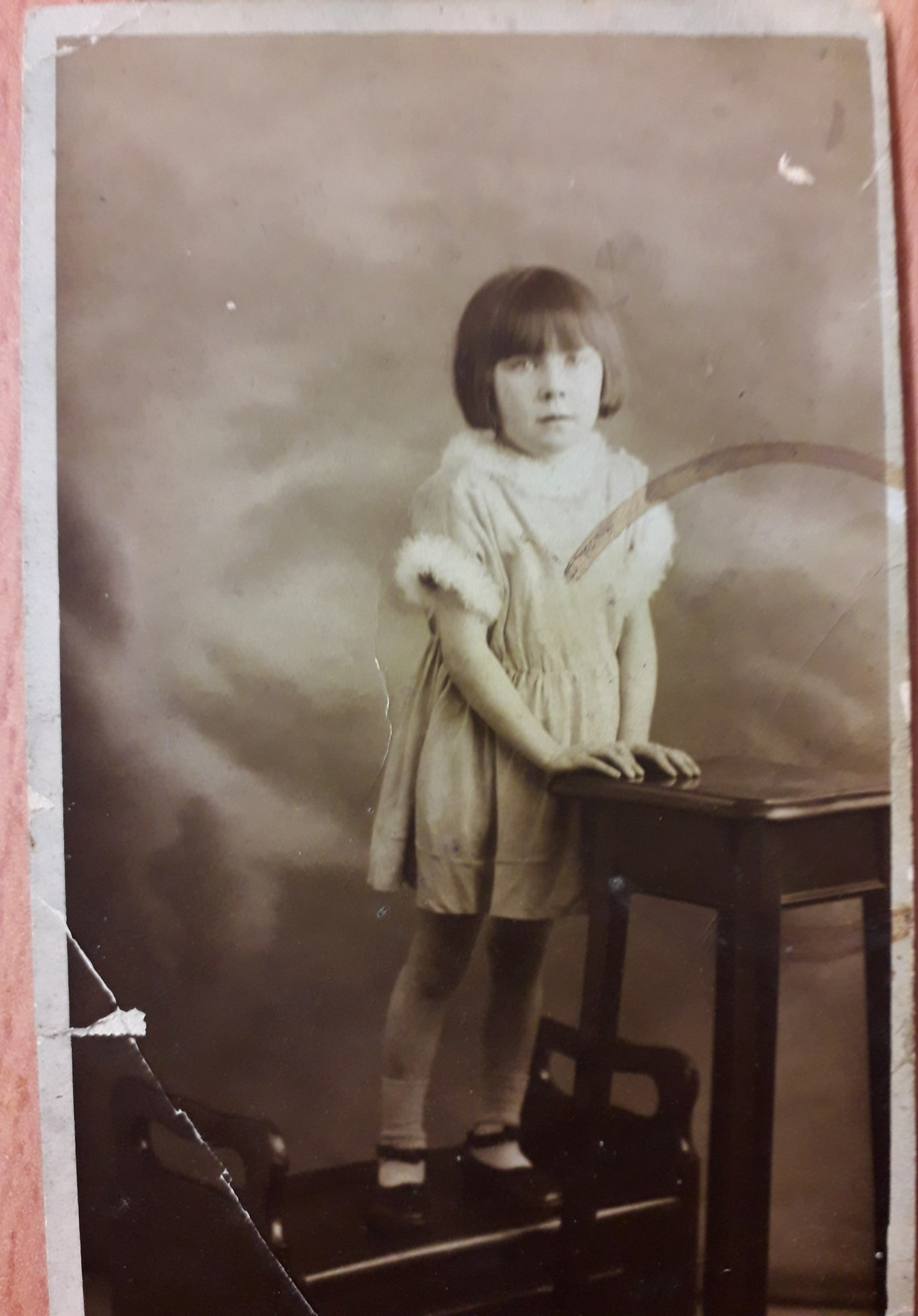 Edna as a child.