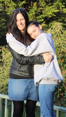 Melanie with her daughter Daisy