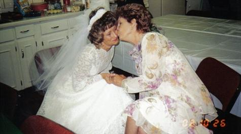 MOTHER AND DONNA WITH THAT VERY SPECIAL MOMENT (2)