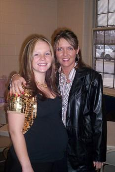 AMBER WESTBROOK (NEICE) AND TRACY GRANDDAUGHTER