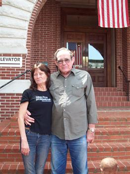 Donna and Lee Kennon
