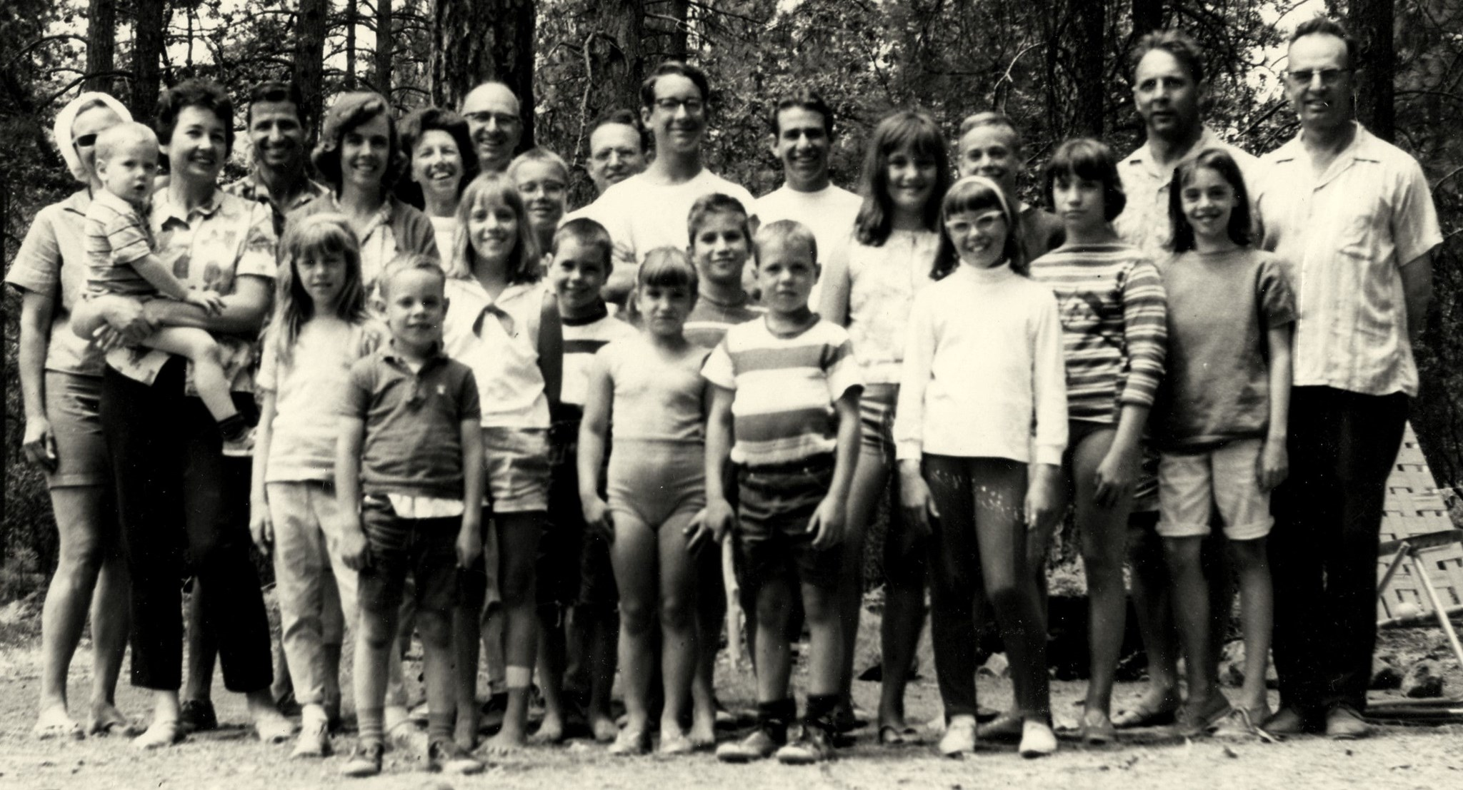 Marantette/Giroux reunion (c. 1966), Joe stands tall in center