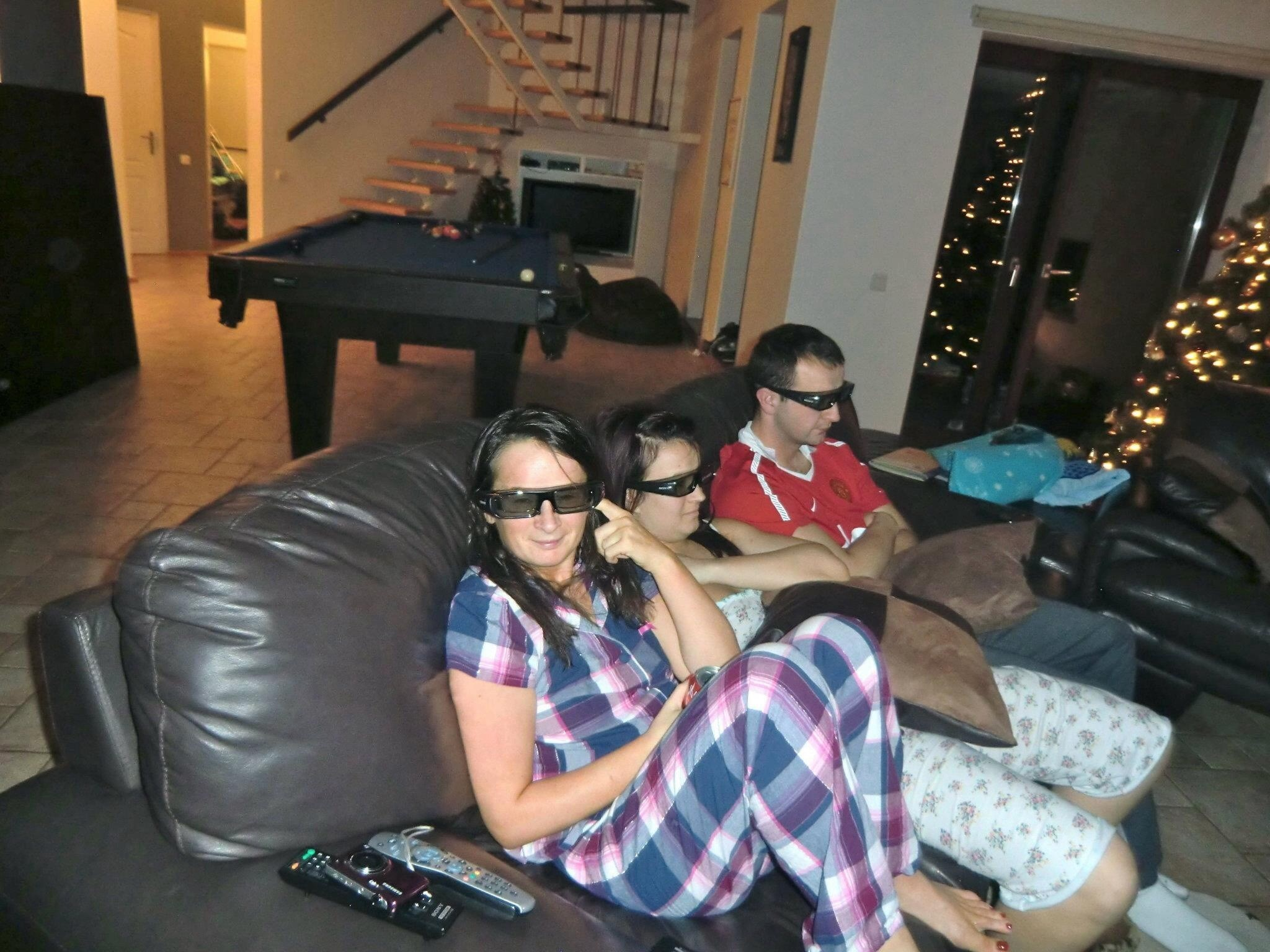Watching 3d smurfs. Quality family time. We'll seen Michelle is in middle of us two Hee Hee