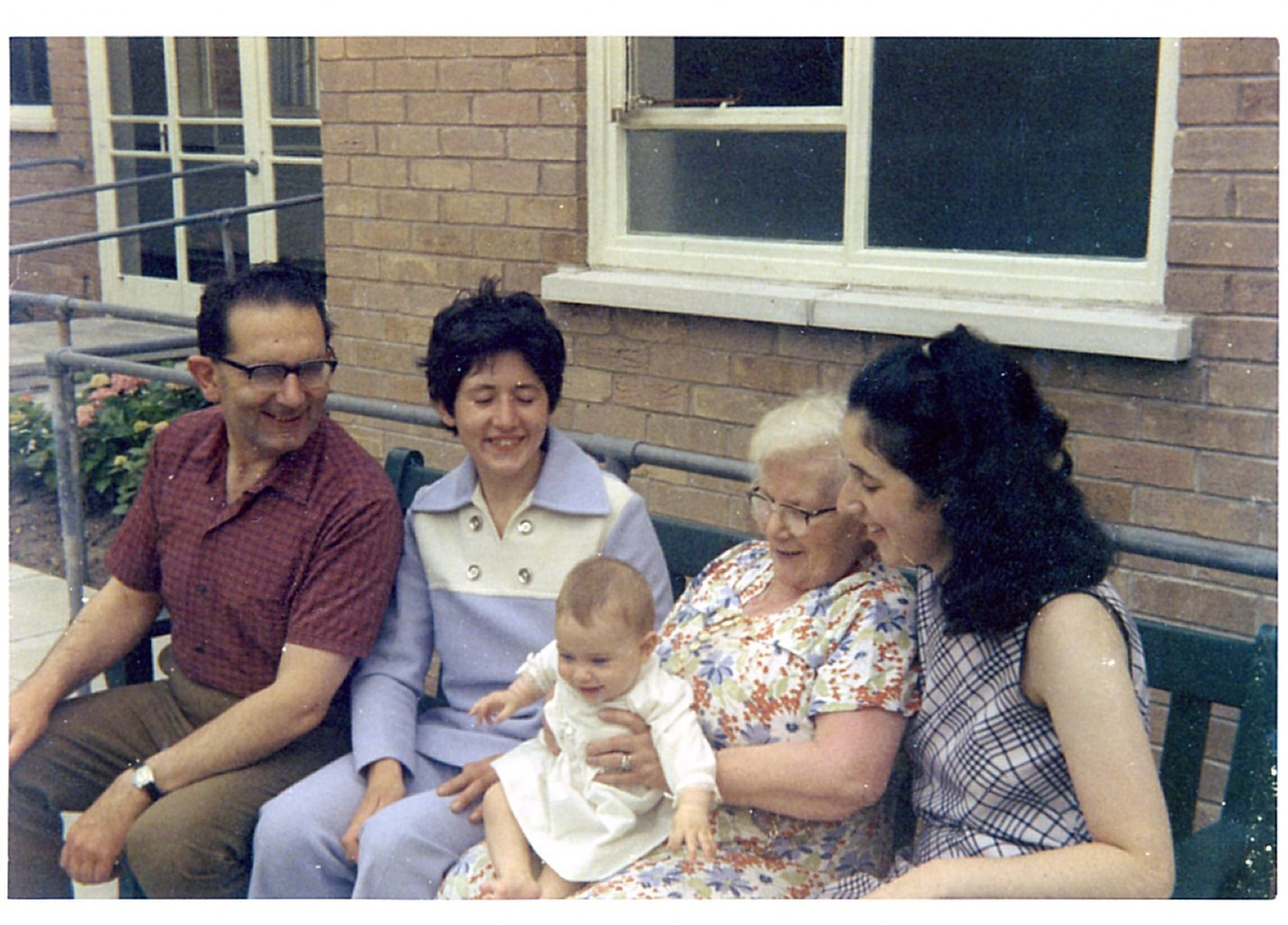 1971 with rica, joanne, annie and judith