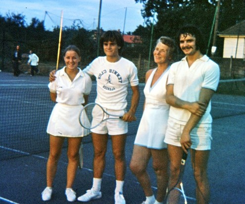 Mixed doubles final at Oakley