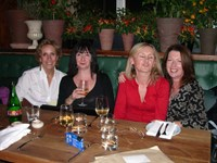 Susan with Evonne, Pat and Bev at Quaglinos restaurant, London 2005