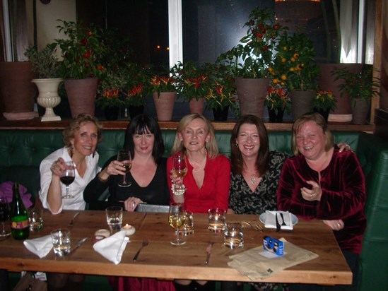 Evonne, Susan, Pat, Bev and Bern at Jamie's