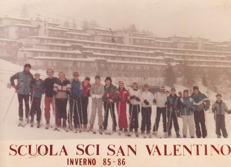 School skiing holiday, San Valentino 1986 - Paul is at the end, far right