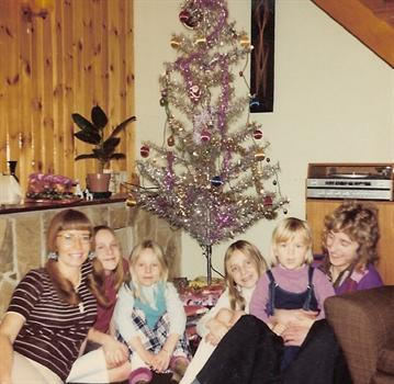 Christmas Day 1974 - The kids with Auntie Pat and Uncle Kevin