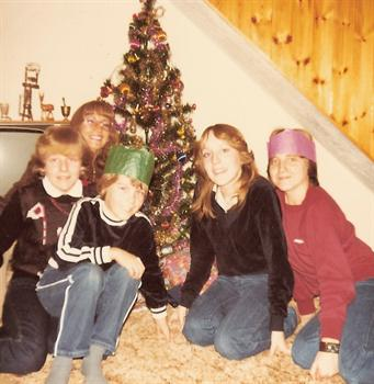 Christmas Day 1980 - The kids and Auntie Pat