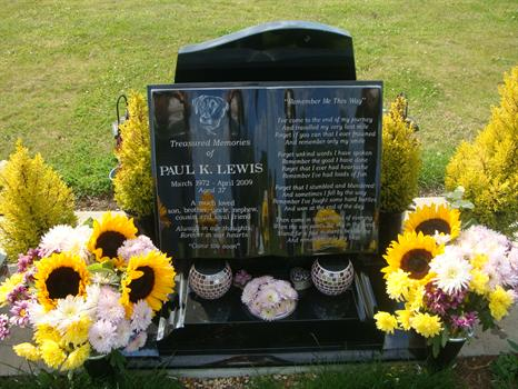 Beautiful sunflowers for Paul from sister Tracey - 24th July 2011