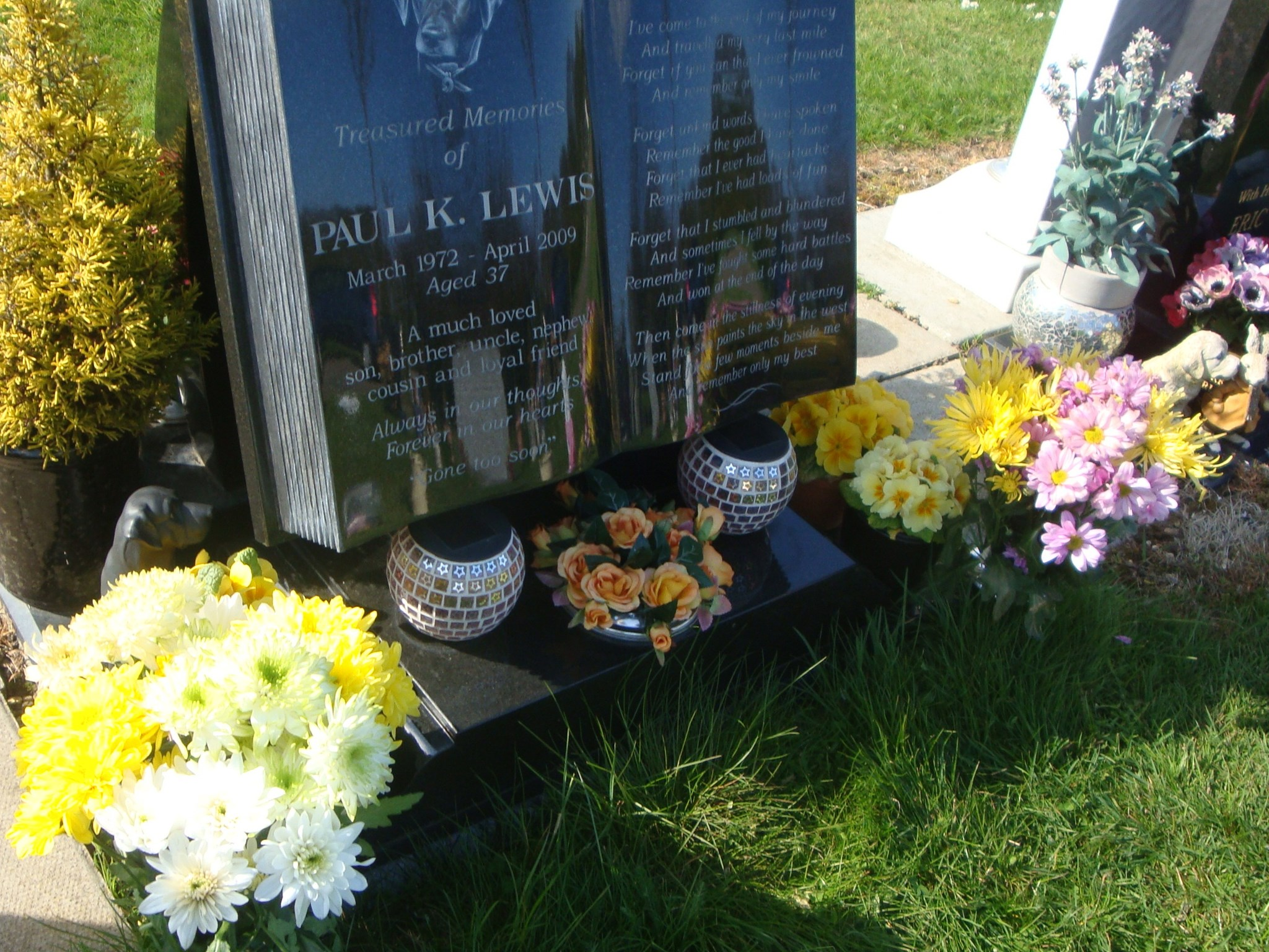 Paul's flowers from Jean and her daughter Joanne