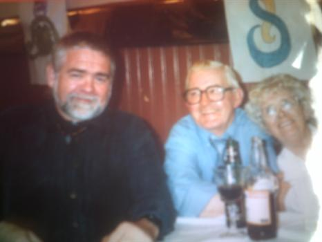 Danny, Jim Galloway and Maggie Dumpling in Paisley 1998