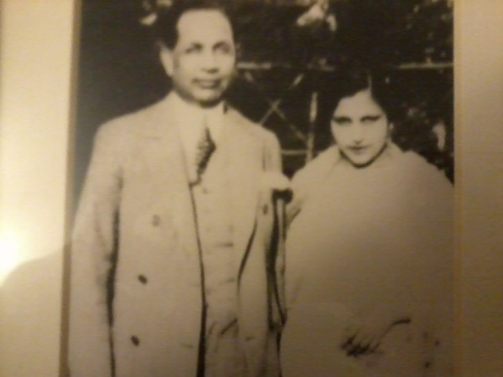 my Dad's parents (Ghulam and Sarah) London 1922