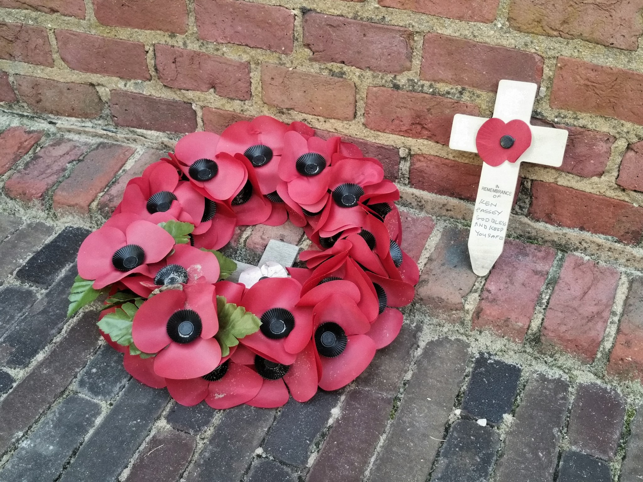Remembrance Cross in Tonbridge Memorial Garden - 2015-09-02