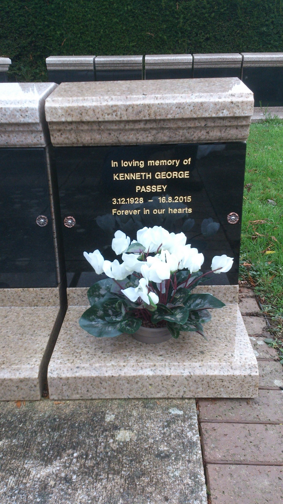 Kenneth's resting place at Tonbridge Cemetery