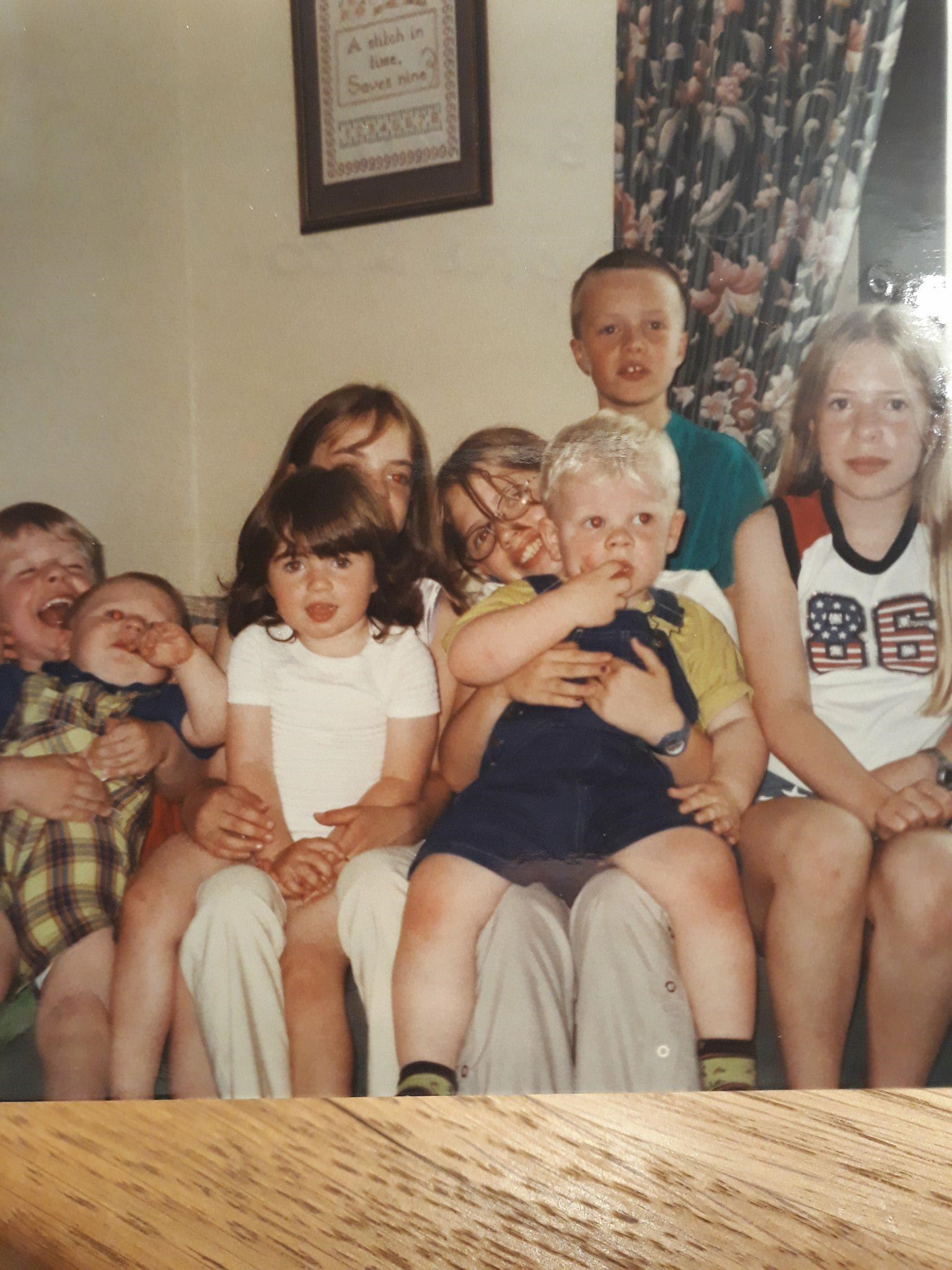 Holly, Hannah, Sophie, Aidan, Jake, Caitlin, Sam and Tom xxx